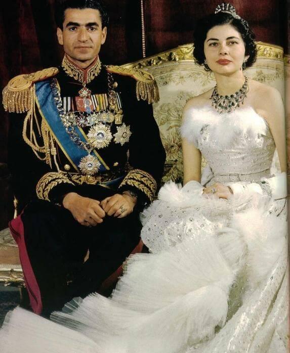 5 vestidos de novia históricos 9